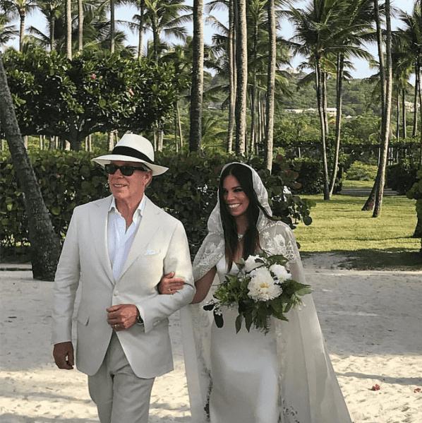 Matrimonio Gipsy Stilista : Ally hilfiger si è sposatau2026 sulla spiaggia! weddings