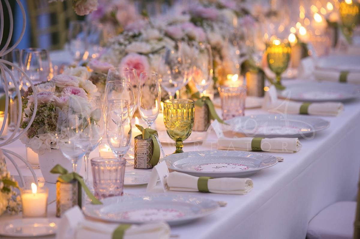 Idee per un perfetto matrimonio romantico e la linea lumiere di