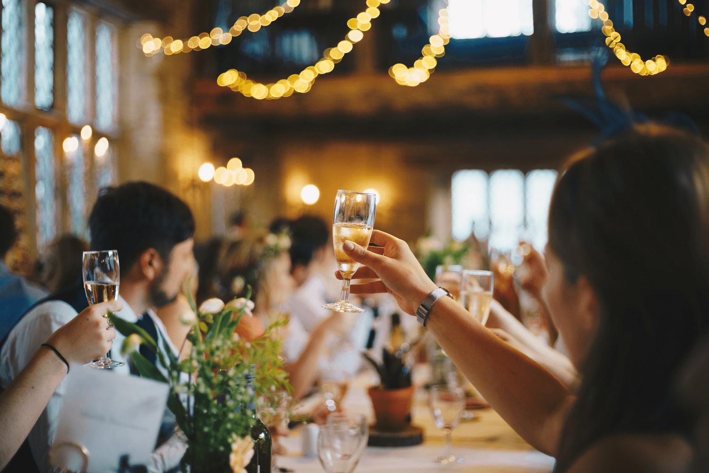 Anniversario Di Matrimonio Galateo.Simbologia Anniversario Nozze Nomi Colori E Tradizioni Weddings